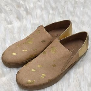 NWT Free People fur and gold slip ons